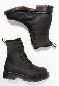 Dr. Martens - 1460 KOLBERT SNOWPLOW - Lace-up ankle boots - black - 3