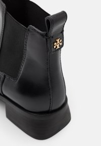 Tory Burch - CASUAL CHELSEA - Ankle boots - perfect black - 6