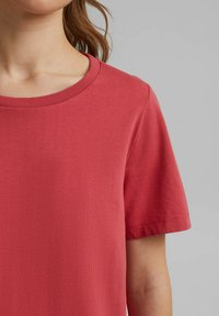 edc by Esprit - Basic T-shirt - red - 6