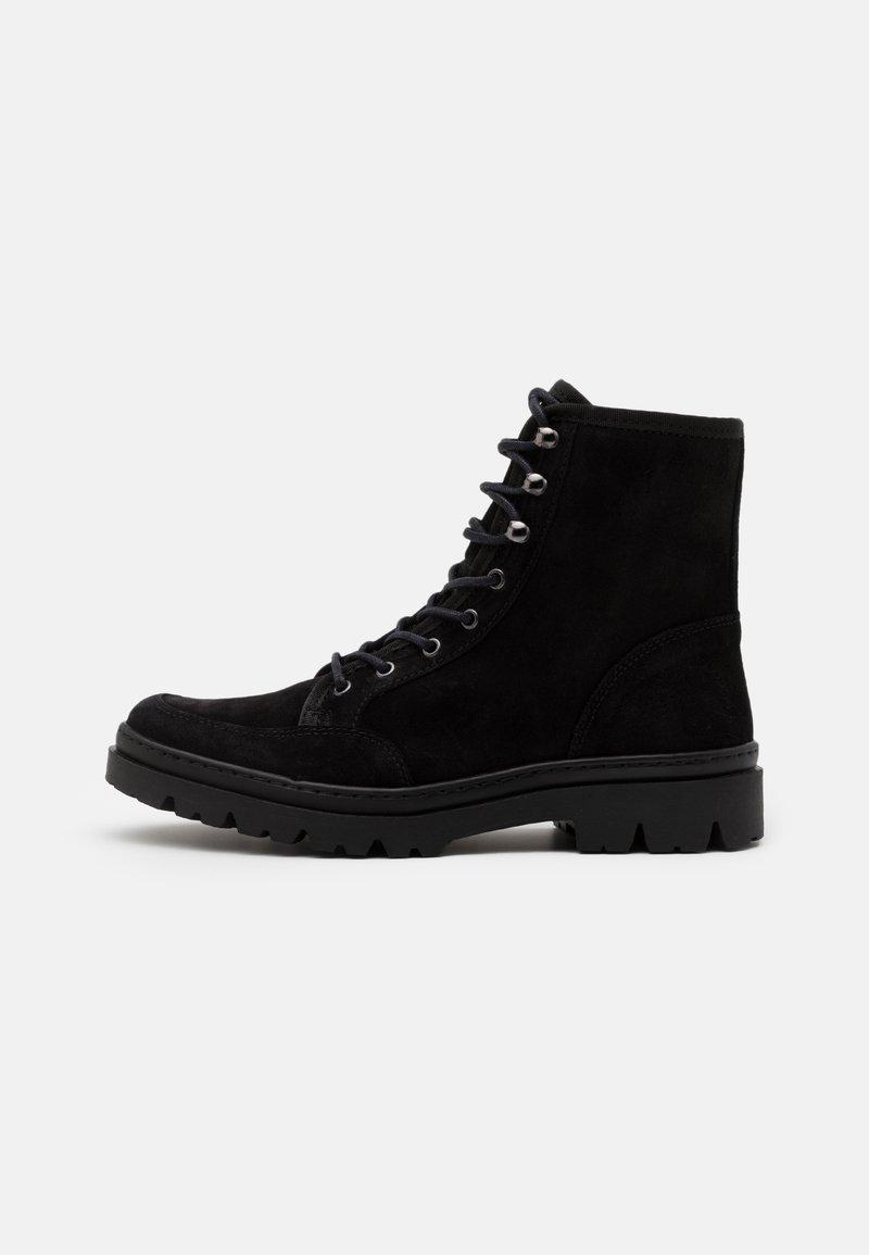 LAST STUDIO - COLSON - Lace-up ankle boots - black