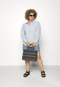 Missguided Plus - SLEEVE SHIRT - Button-down blouse - blue - 1