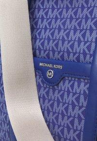MICHAEL Michael Kors - BECK TOTE - Handbag - twilight blue - 5