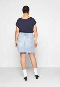 Cotton On Curve - SKIRT - Denim skirt - sky blue - 2