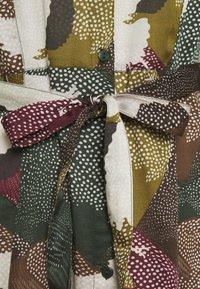 Cream - MARGOT DRESS - Shirt dress - dark green - 2