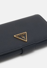 Guess - DESTINY FILE CLUTCH - Peněženka - black - 3