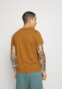 Burton Menswear London - 7 PACK - T-shirt - bas - multi - 2