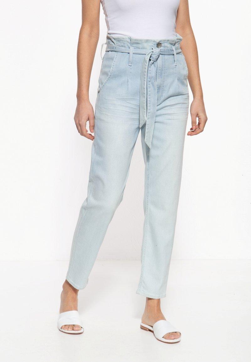 Amor, Trust & Truth - MIT STREIFENMUSTER MOON - Slim fit jeans - hellblau