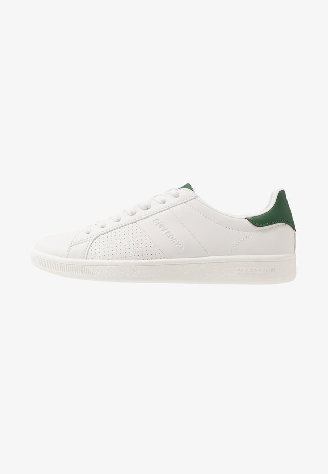SLEEK CUPSOLE TRAINER - Baskets basses - white/forest pine