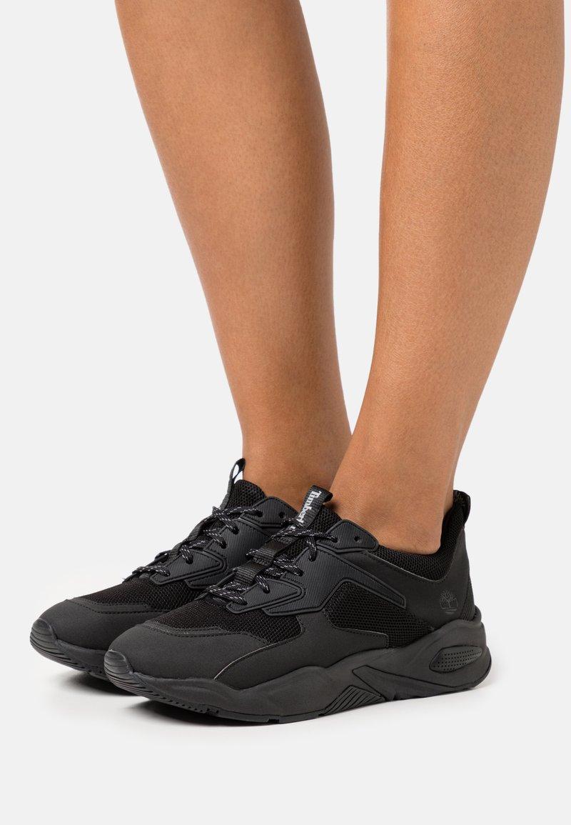Timberland - DELPHIVILLE - Trainers - black