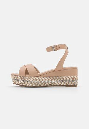 LAUNIA - Platform sandals - bone