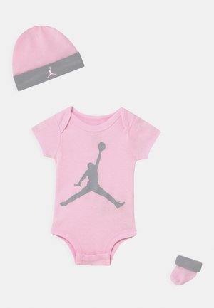 JUMPMAN SET UNISEX - Print T-shirt - pink foam