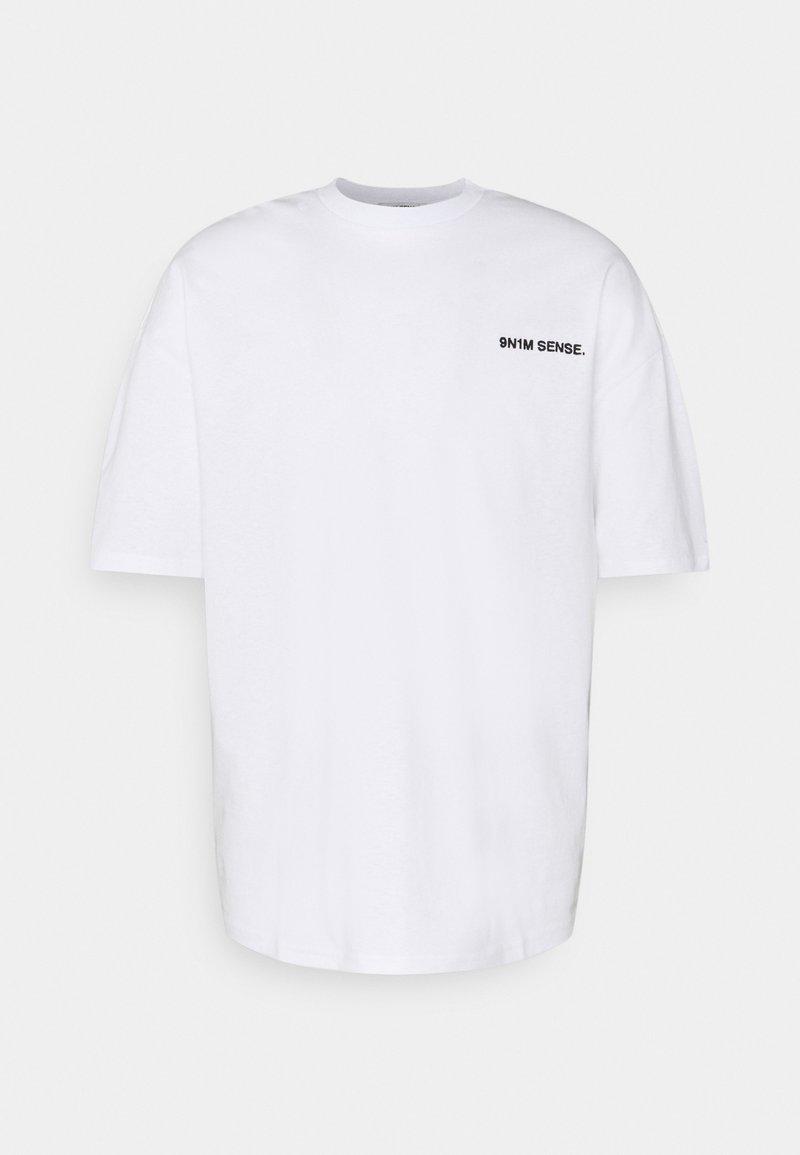 9N1M SENSE - LOGO UNISEX - Printtipaita - white