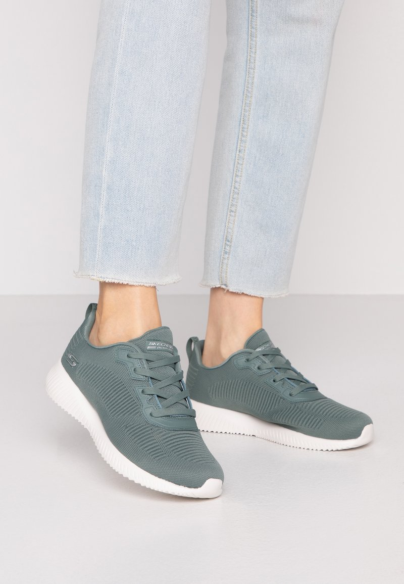 Skechers Wide Fit - BOBS SQUAD - Sneakers laag - green
