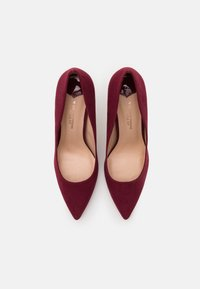 Dorothy Perkins Wide Fit - WIDE FIT DELE POINT STILETTO - Classic heels - oxblood - 5