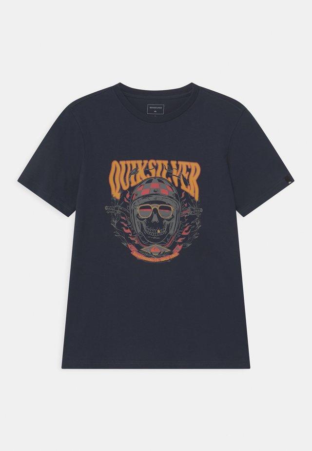BIKER SKULL - Print T-shirt - navy blazer