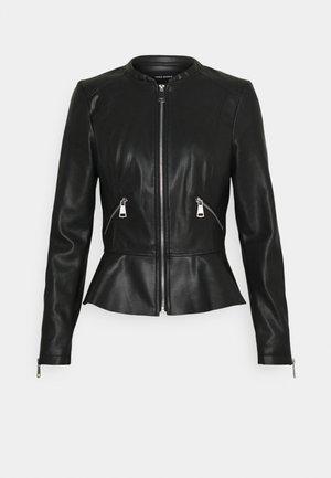 VMAVERYALLY SHORT COATED JACKET - Imitatieleren jas - black