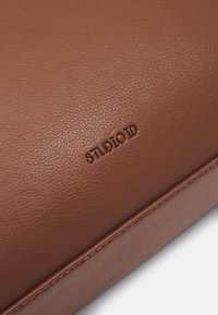 STUDIO ID - BRIEFCASE UNISEX - Aktentasche - tan - 4