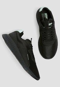 PULL&BEAR - Sneakers - black - 3