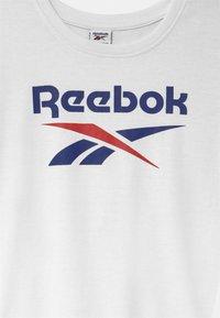 Reebok - CLASSIC - Sports dress - white - 2