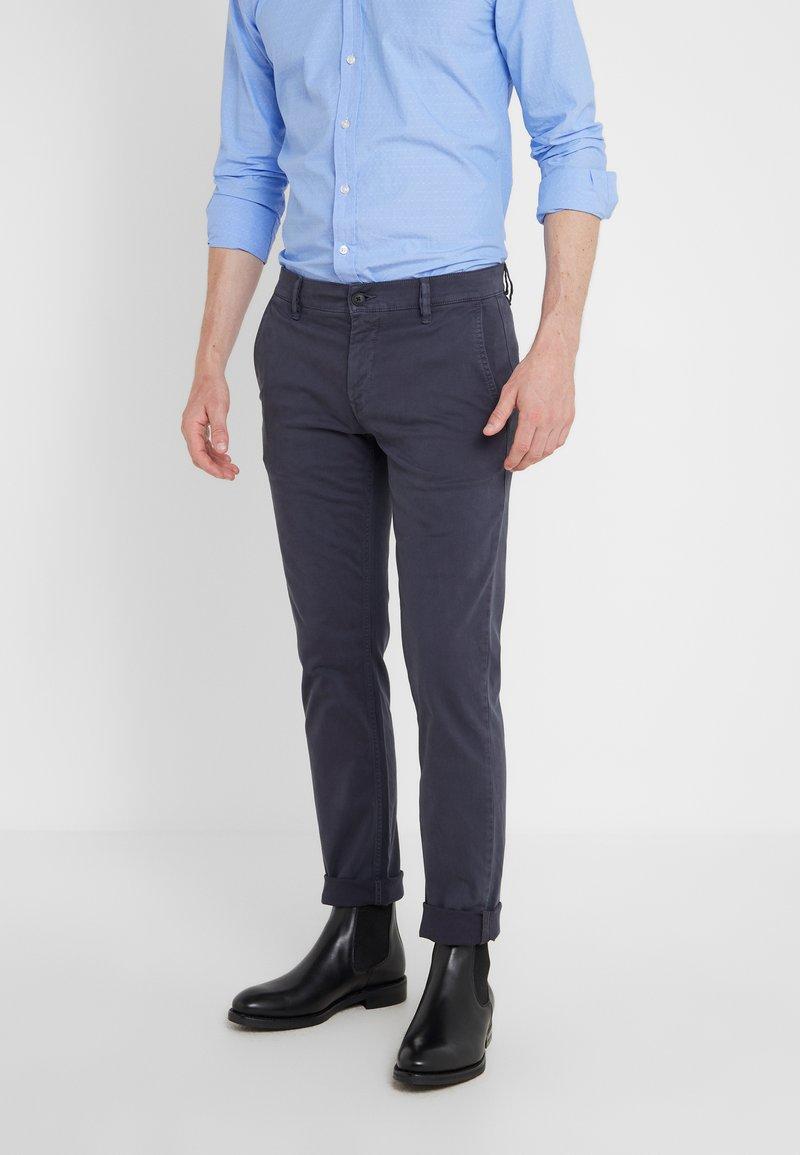 BOSS - REGULAR FIT - Trousers - blaugrau
