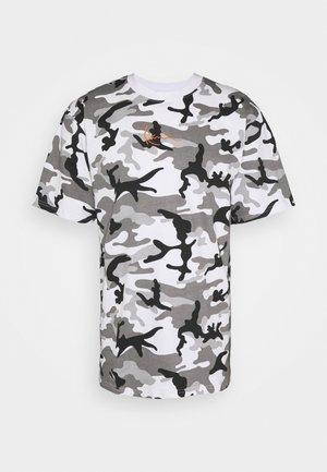 SMALL SIGNATURE CAMO TEE - T-Shirt print - white