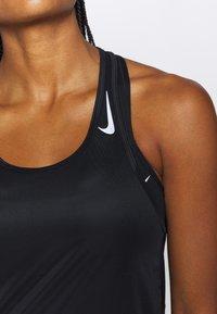 Nike Performance - MILER TANK RACER - Funktionstrøjer - black - 5