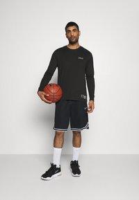 Nike Performance - LEBRON JAMES DRY TEE - Camiseta de deporte - black - 1