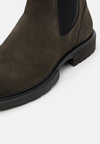 HUGO - DART CHEB - Classic ankle boots - dark green - 5