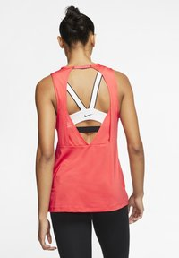 Nike Performance - Top - track red/white - 2