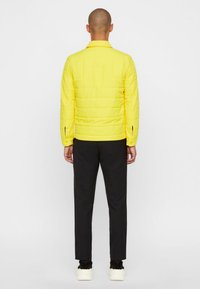 J.LINDEBERG - DOLPH GRAVITY  - Light jacket - sun yellow - 2