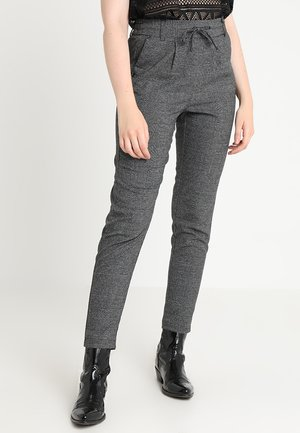 ONLPOPTRASH SOFT CHECK PANT - Stoffhose - black/cloud dancer