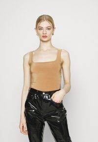 Missguided - 2 PACK SCULPTED SEAM FREE SCOOP NECK BODYSUIT - Top - black/camel - 3