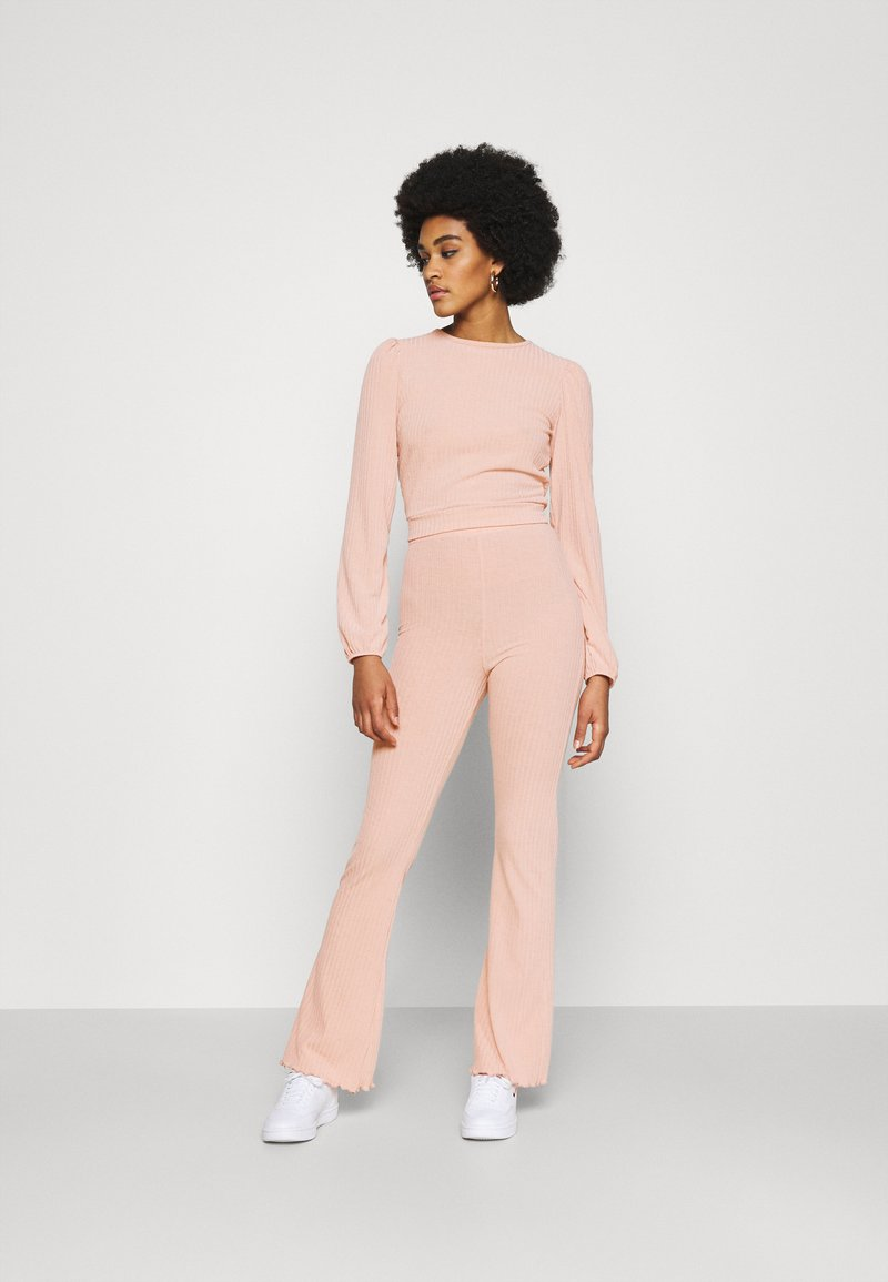 Miss Selfridge - TIE BACK KICKFLARE SET - Trousers - pink