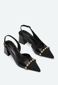 Uterqüe - Classic heels - black - 1