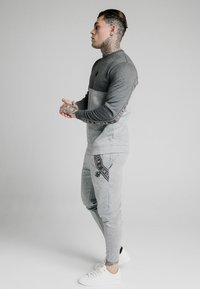 SIKSILK - TECH TRACK PANTS - Pantalones deportivos - grey - 4