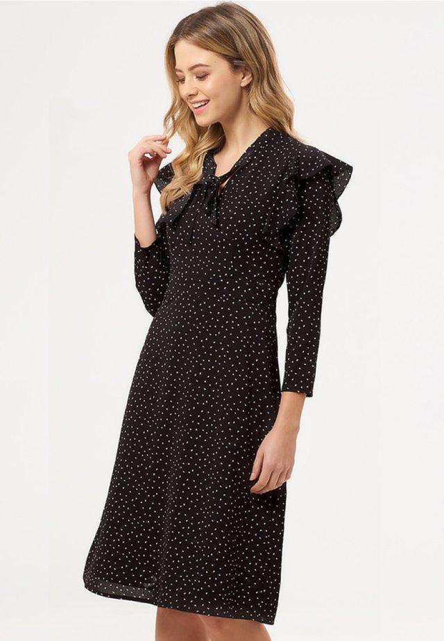 LEILANI PETAL - Korte jurk - black