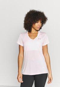 Under Armour - TECH TWIST - T-shirt con stampa - beta tint - 0