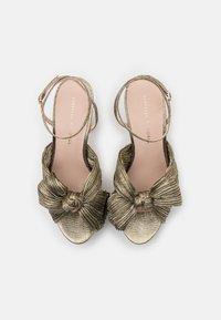 Loeffler Randall - NATALIA - Sandály na vysokém podpatku - gold lame - 4