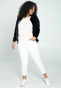 Paprika - Trousers - white - 1