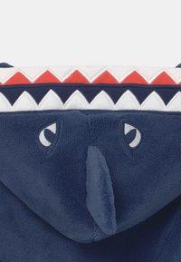 GAP - BOY SHARK  - Dressing gown - blue shade - 2