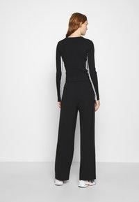 Calvin Klein Jeans - STRIPE LOGO - Jumper - black - 2