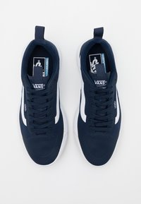 Vans - UA ULTRARANGE EXO - Trainers - dress blues/true white - 3
