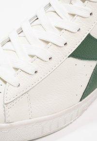 Diadora - GAME WAXED - Sneakers hoog - white/fogliage - 5