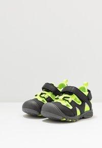 Pax - PEPPER - Chodecké sandály - black/lime - 3
