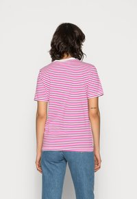Selected Femme - SLFMY PERFECT SS TEE BOX CUT STR COLOR B - Print T-shirt - rose violet - 2