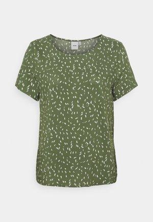 TESSA - T-shirts med print - swap