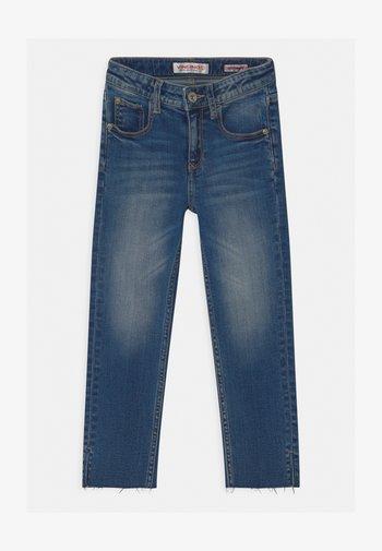 CANDY CROPPED RAW HEM - Slim fit jeans - blue denim