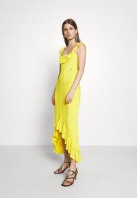 Just Cavalli - Společenské šaty - yellow - 1