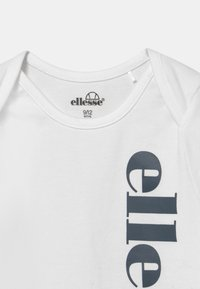 Ellesse - ELEANORI BABY SET UNISEX - Print T-shirt - white - 2
