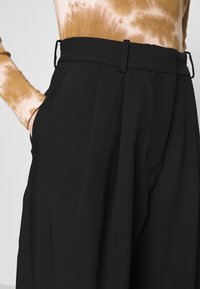 Weekday - ZINC TROUSER - Trousers - black - 5